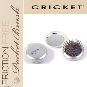 2 Cricket Friction free Cushion Folding Brush